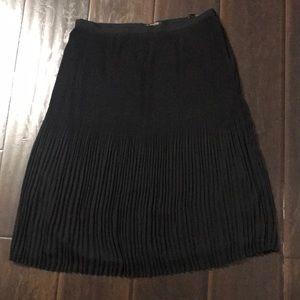 Massimo Dutti Black Pleated Skirt sz 6